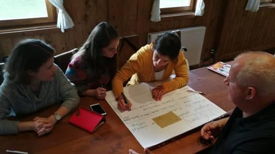 Sănătatea buzoiană: Program de training pentru stomatologii care doresc să lucreze în cabinete mobile