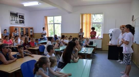 Pressone.ro despre Zâna Merciluță la Craiova