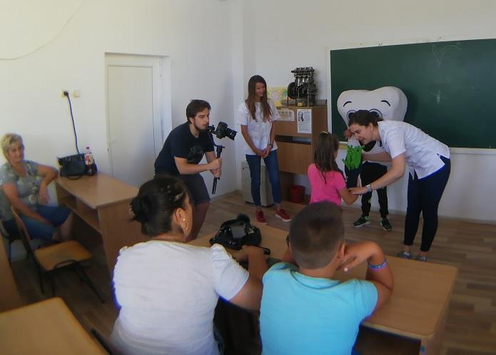 Primul cabinet stomatologic mobil pentru copii din comunități rurale va ajunge în 2020 la 1.000 de copii din județele Constanța, Prahova și Galați cu sprijinul KMG International