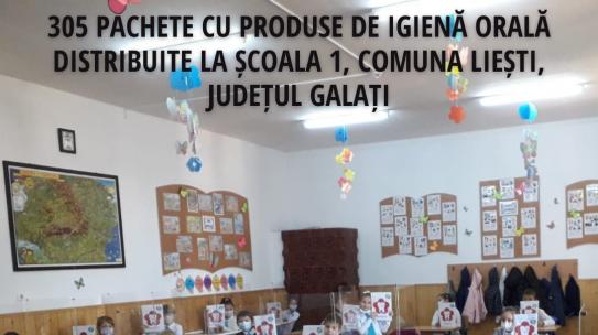 Echipa Merci Charity a distribuit 991 de pachete cu produse de igienă pentru sănătate orală pentru prevenirea cariei dentare copiilor din 12 sate gălățene din comunele Liești și Berești-Meria